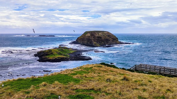 2 rocky small islands in roough seas in Phillip Island
